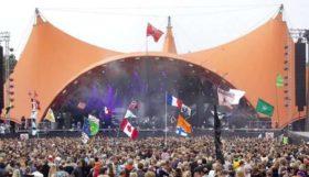 Vi græder med jer Roskilde